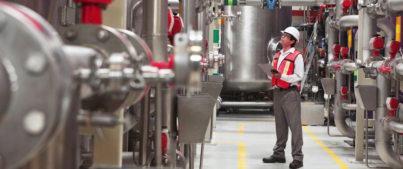 Acurat - Grundreinigung von Industrieanlagen